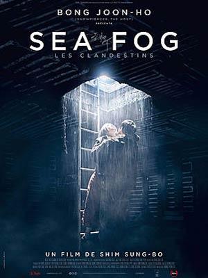 affiche du film SEA FOG - Les Clandestins